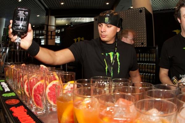 Gorilla_LiveEvents_MonsterEnergy_Monaco_InternationalClubbingshow_bars