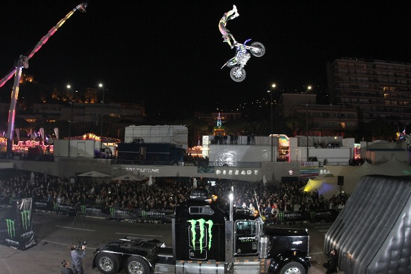 Gorilla_LiveEvents_MonsterEnergy_Monaco_InternationalClubbingshow_FMX_nateadams_adamjones
